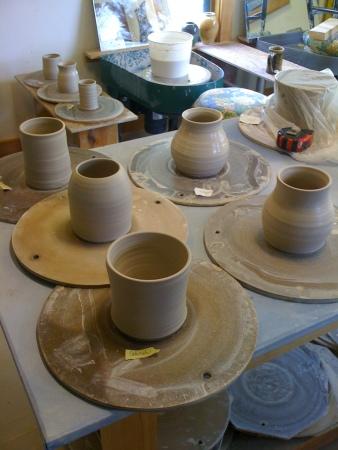 aprilyamasaki.com // Big day pottery © 2011 Deborah Lewis