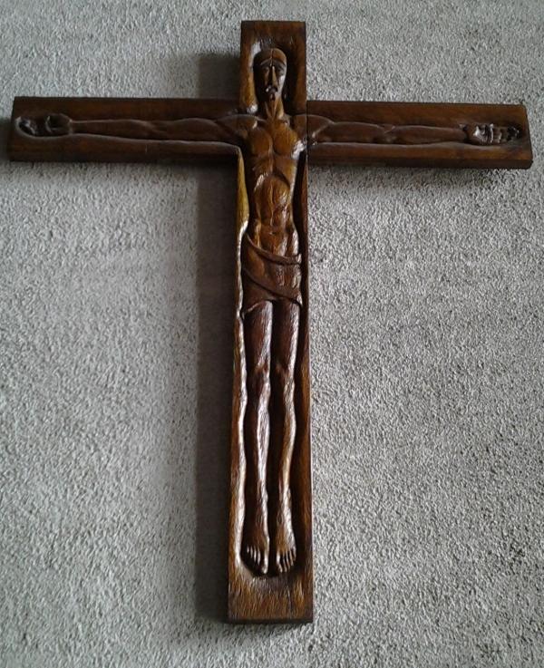 aprilyamasaki.com // Coventry Cathedral, Crucifix by Czech artist Jindrich Severa