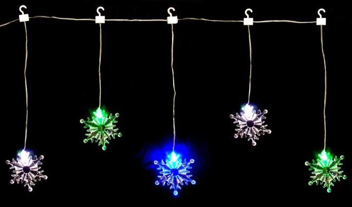 5 snowflake lights