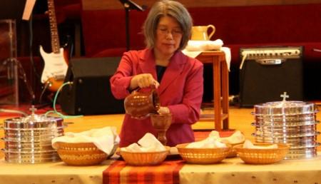 April_Yamasaki_communion